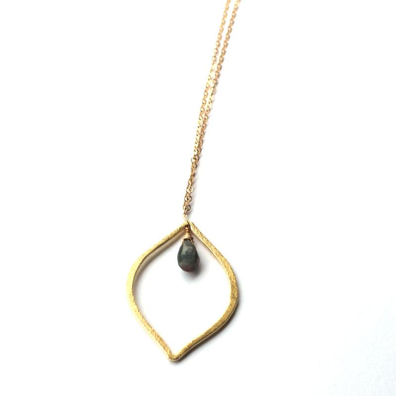 Leaf-shaped-charm-labradorite-tear-drop-necklace