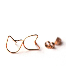 cat-wire-earrings-gold-studs